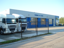 Piaţa de vânzare De Jong Trucks & Trailers