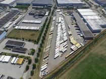 Piaţa de vânzare Cargobull Trailer Store Venlo