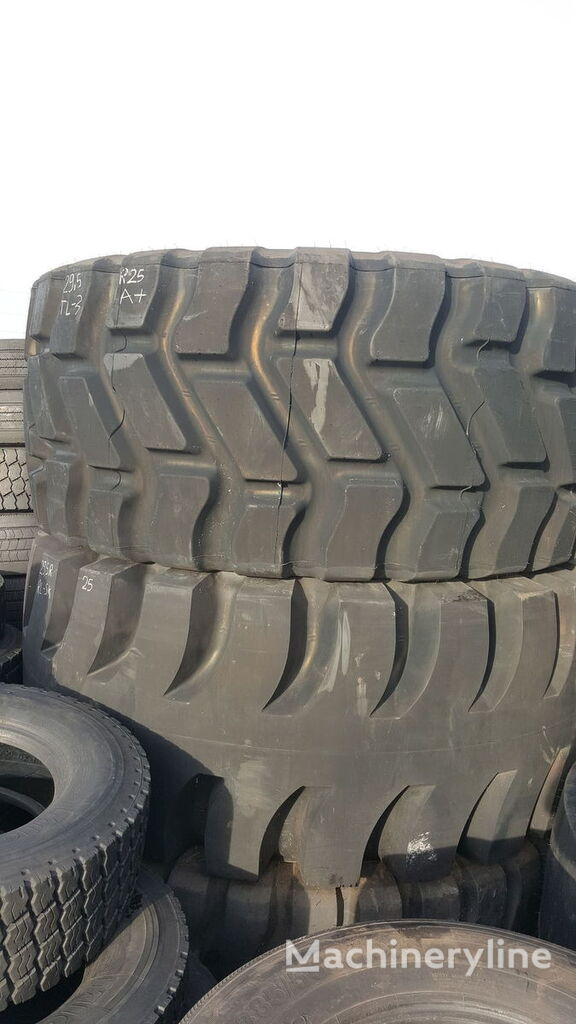 anvelopa incarcator frontal Goodyear