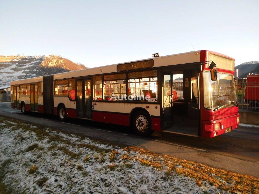 autobuz articulat MAN NG 262