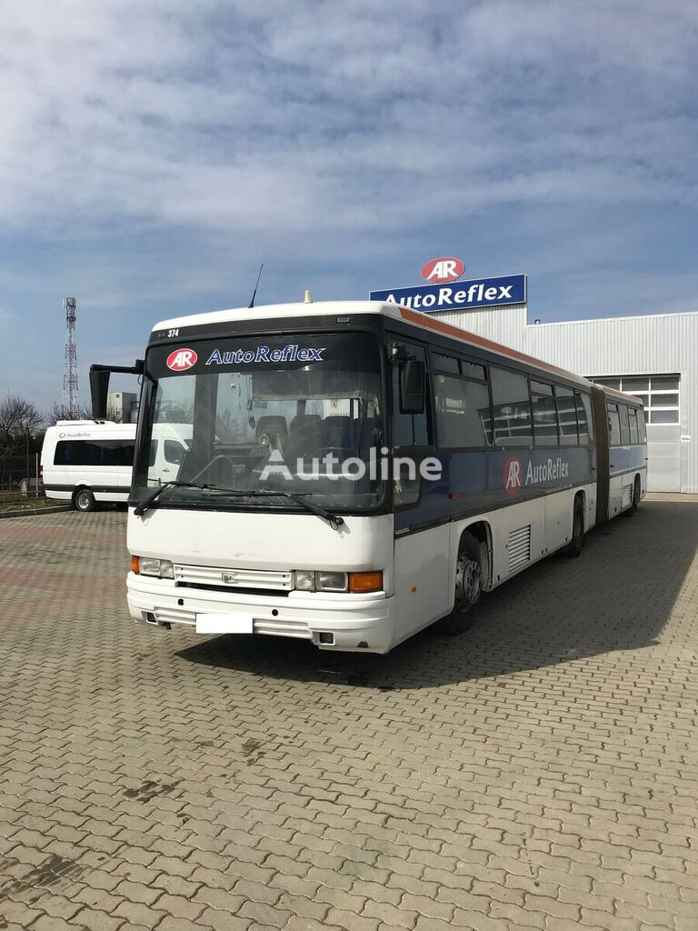 autobuz articulat VOLVO b10b