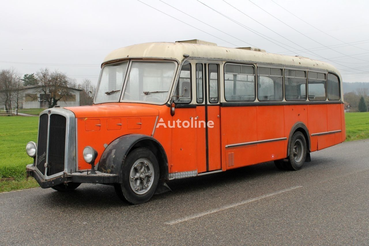 BERNA Saurer  autobuz interurban