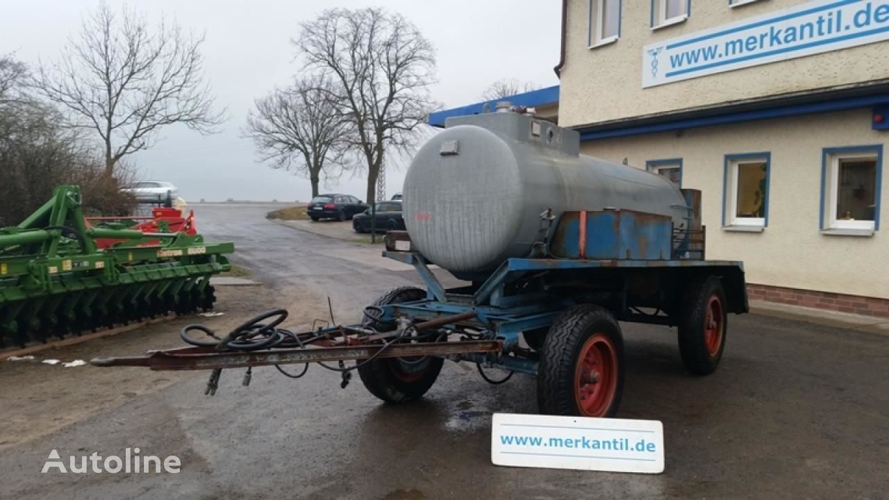 autocisternă FORTSCHRITT Tankanhänger / Wasserwagen