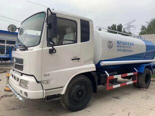 camion autocisterna CIMC  10000L Water tanker