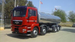 camion autocisterna MAN TGA 35 400