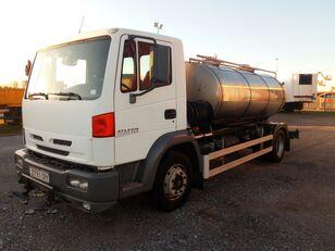 camion autocisterna NISSAN ATELON 165