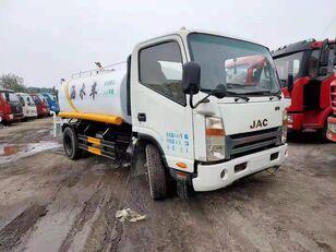 camion autocisterna JAC ISUZU