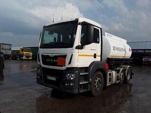 camion cisternă combustibil MAN TGS 24.440