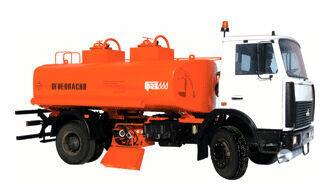 camion cisternă combustibil MAZ ATZ 56142-06