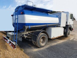 camion cisternă combustibil NISSAN M11.150