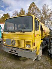 camion cisternă combustibil RENAULT