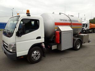 camion cisternă pentru transport GPL Mitsubishi Fuso FUSO