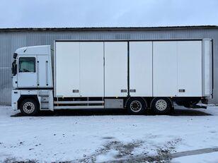 camion furgon RENAULT MAGNUM 520.26