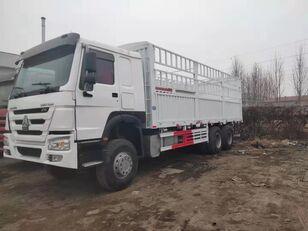 camion furgon HOWO Cargo truck