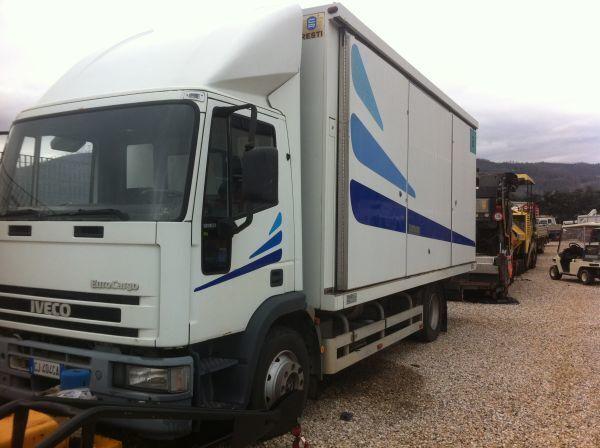 IVECO 120 E 23 camion furgon