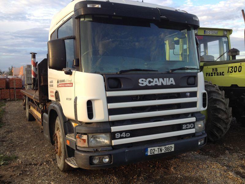 camion platformă SCANIA 94D
