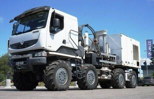 camion şasiu THOMAS CONSTRUCTEURS [Other] 8x8 THOMAS Low speed truck with hydraulic drive!