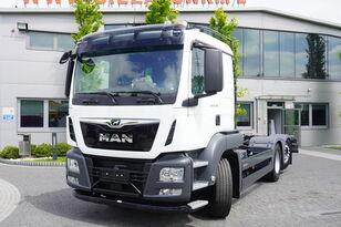 camion şasiu MAN TGS 26.400 , HYDRODRIVE , 6x6x4 , NEW , UNUSED , 400 km , steer/