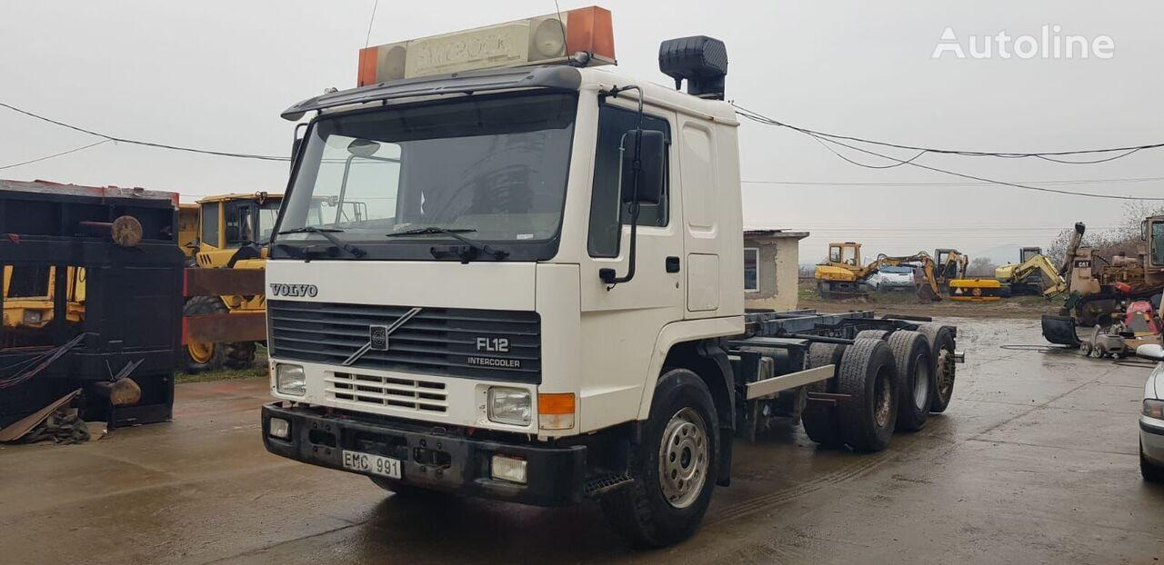 camion şasiu VOLVO