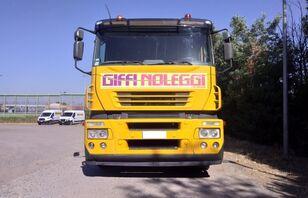 camion transport auto IVECO Magirus