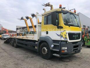 camion transport auto MAN TGS 26.360 6x2 Járműszállító Csörlővel és Rámpával