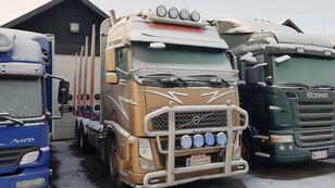 camion transport de lemne VOLVO FH50 6x4