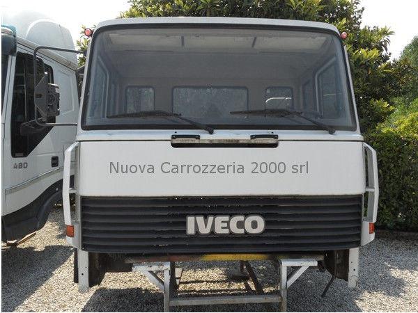 IVECO EUROCARGO 300-35 Ultima serie cabină pentru camion