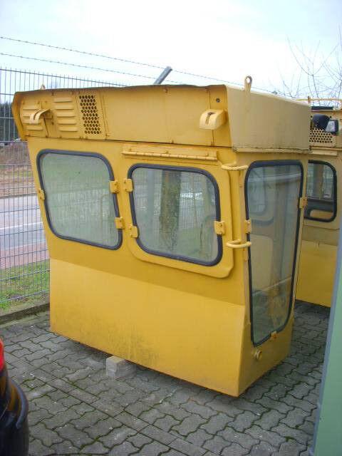 cabină pentru KOMATSU (290) Kabine / cab D 355 buldozer