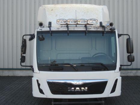 MAN cabină pentru MAN TGL C F99L10S D0100 autotractor