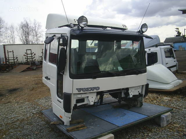 VOLVO cabină pentru VOLVO FLC camion