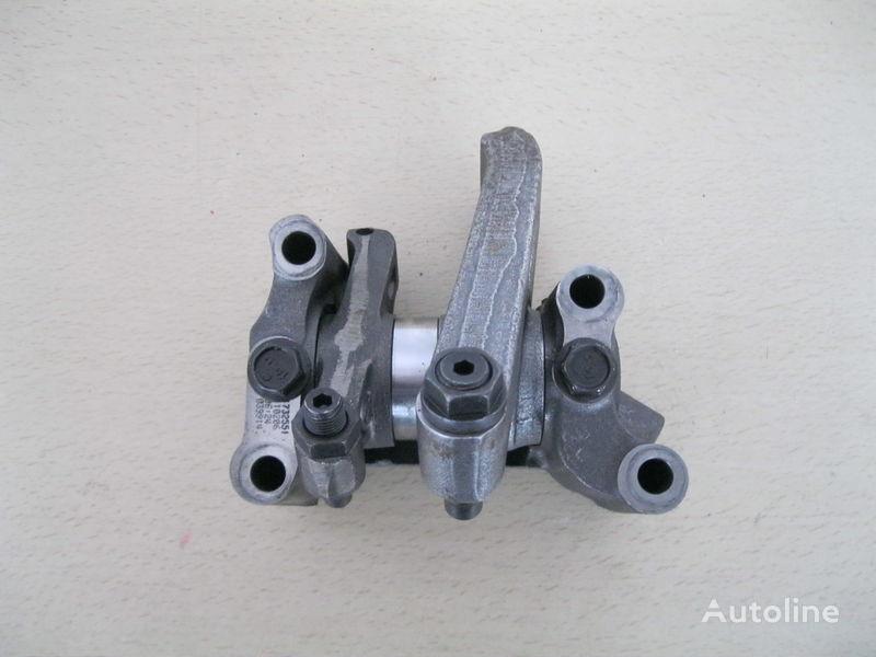 DAF DŹWIGNIA ZAWOROWA capul blocului de cilindrii pentru DAF XF 105 autotractor