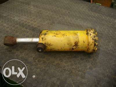 cilindru hidraulic pentru KRAMER  416 516  buldoexcavator