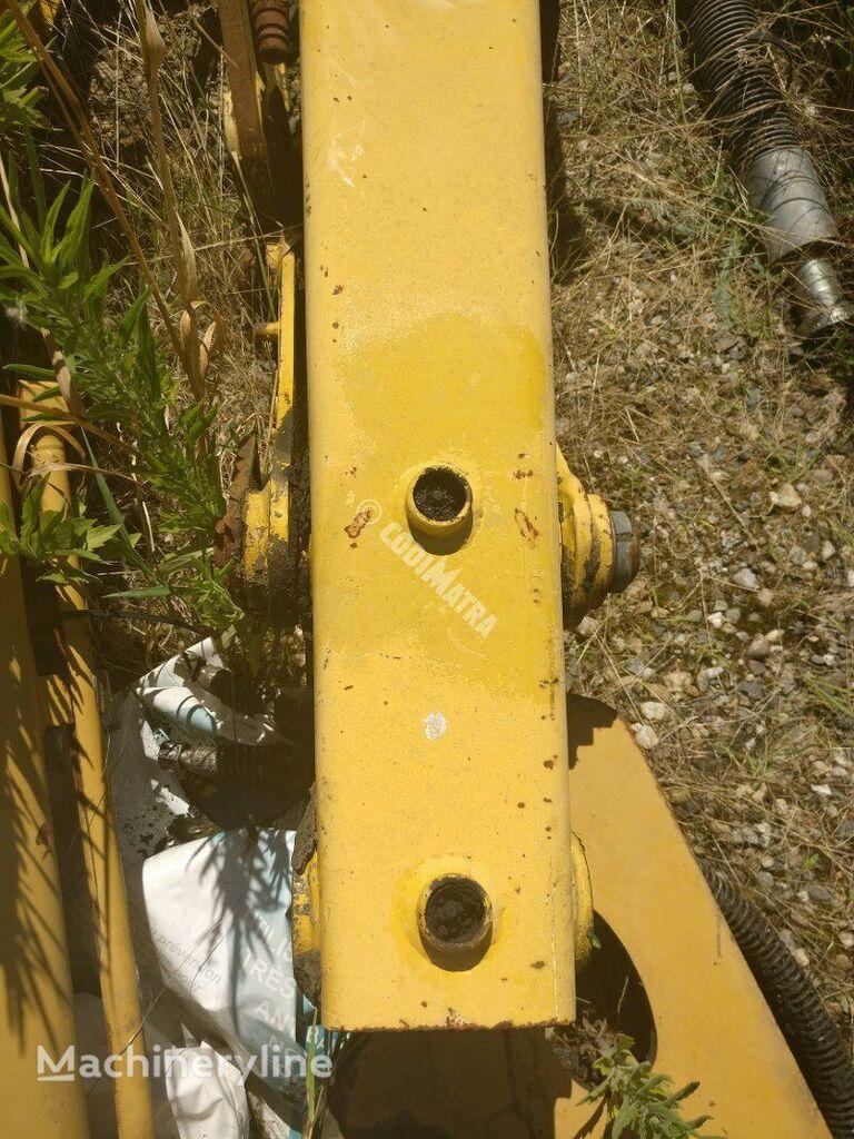 cuplare rapidă KOMATSU BIELLETTE CENTRALE pentru buldoexcavator KOMATSU WB70A