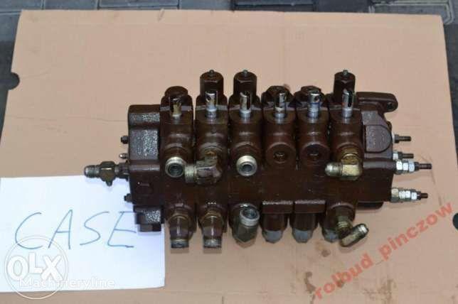 CASE distribuitor hidraulic pentru CASE 580 LPS  buldoexcavator