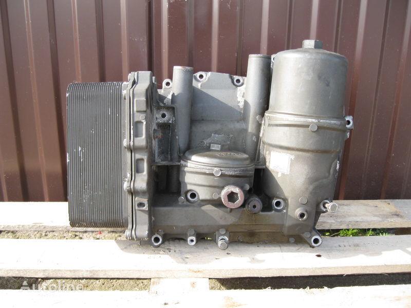 CHŁODNICZKA OLEJU Z PODSTAWĄ filtru de ulei pentru DAF XF 105 autotractor