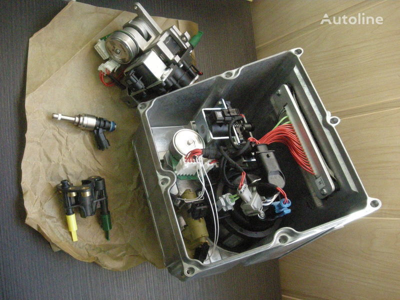RENAULT ADBLUE injector pentru RENAULT MAGNUM PREMIUM autotractor nou