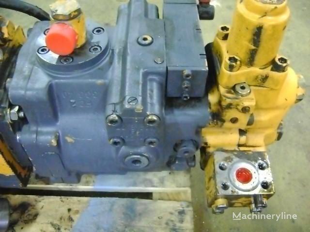 motor hidraulic pentru LIEBHERR 902 excavator