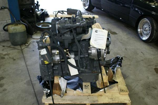 CUMMINS 4 BT motor pentru microbuz