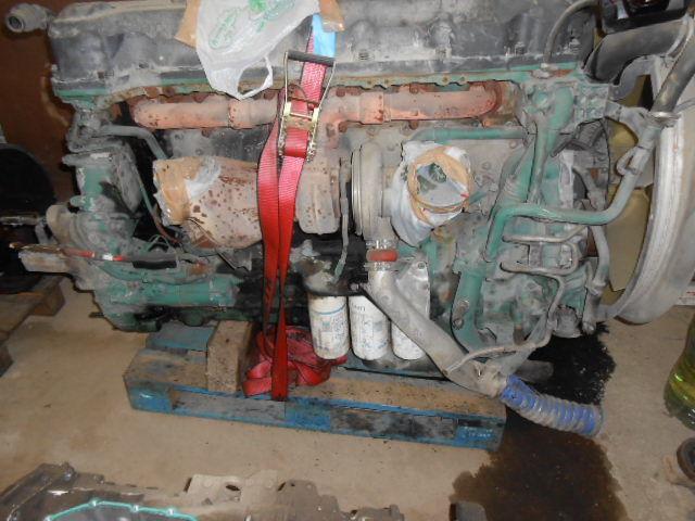 D13A480EC01 VOLVO ENGINE KW353/480 cm³ 12780 motor pentru VOLVO FH13 440/480 autotractor