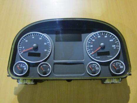 MAN TGA, TGX instrument panel, dashboard, switch panel panou cu dispozitive pentru MAN TGX autotractor