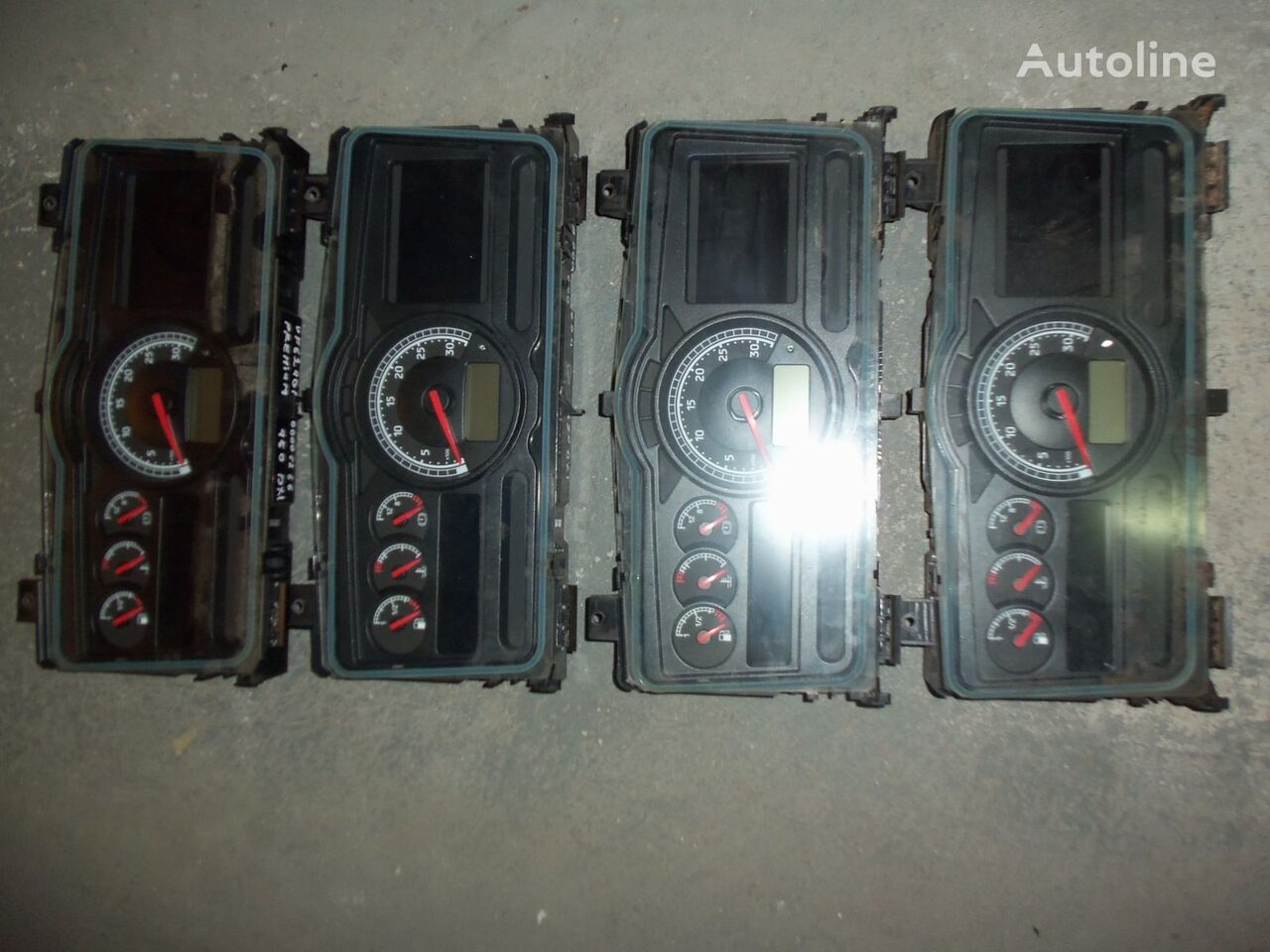 RENAULT instrument panel, dashboard, 7420771818 panou cu dispozitive pentru RENAULT Premium DXI autotractor