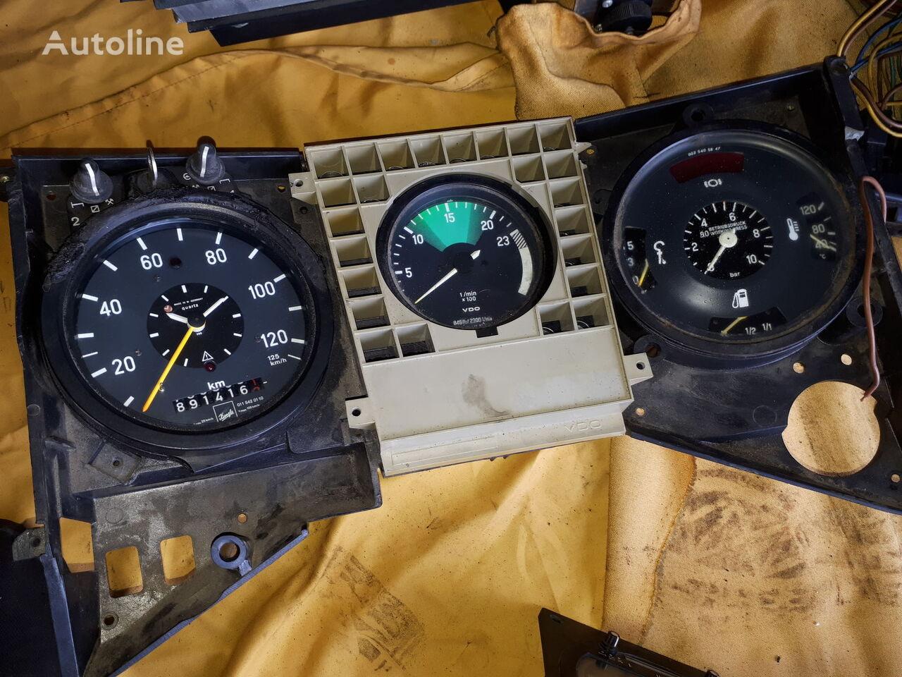 panou cu dispozitive SCANIA 1780556(1856816) Mersedes O405. Daf. Neoplan. Man. Volvo pentru autobuz SCANIA Omni Link