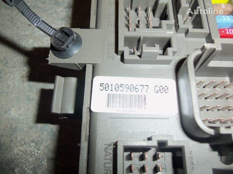 Renault Premium DXI central electrical box, fuse box, 7421169993; 7421079590, 5010590677, 7421045777 panou de sigurante pentru RENAULT Premium DXI autotractor