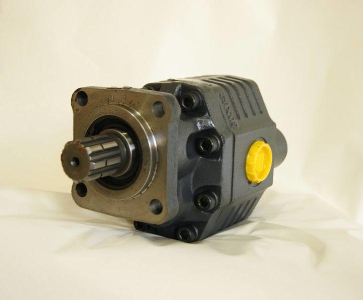 ISO 82 l na 4 bolta/novaya/ustanovka/gidravlicheskie sistemy pompă hidraulică pentru autotractor nou