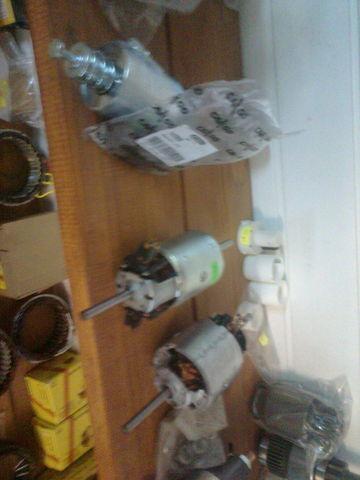 bosch Motor pechki 0130111130 radiator al cuptorului pentru MERCEDES-BENZ ACTROS  autotractor nou