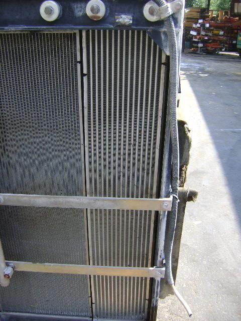 radiator de racire pentru motoare pentru NEW HOLLAND E 385 B excavator