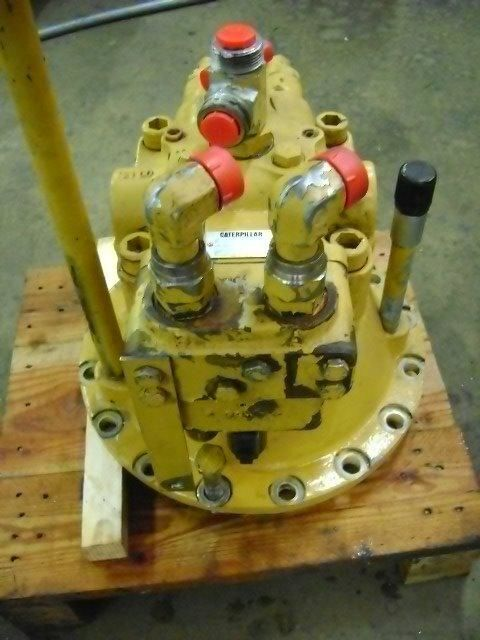 CATERPILLAR Swing Motor reductor rotativ pentru CATERPILLAR 320 B excavator