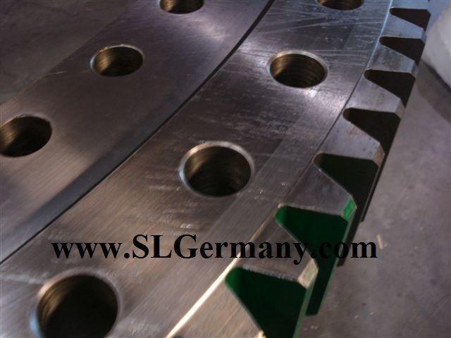 DEMAG slewing ring, bearing, turntable rulment rotativ pentru DEMAG AC 95, 155, 205, 265, 50, 80, 100, 200. automacara nou