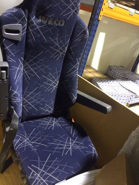 ASIENTO NEUMATICO IZQ STRALIS scaun pentru IVECO STRALIS autotractor nou