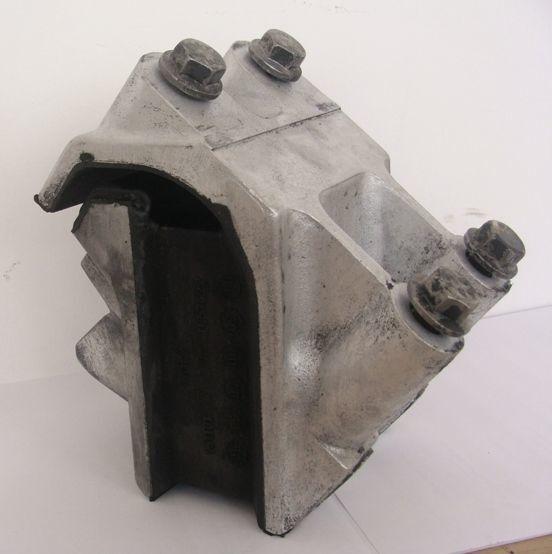 suport motor pentru DAF XF 105 autotractor